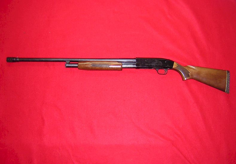 Mossberg 600 Premium Hunter  Shotgun ( Ref # 1625)